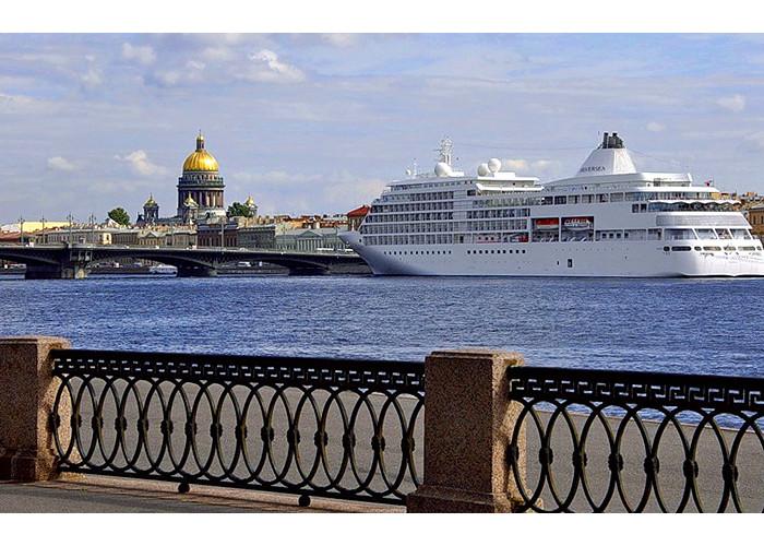Однодневный тур по Петербургу - базовая программа (8 часов)